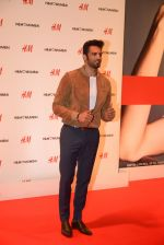 Upen Patel at h&m mubai launch on 11th Aug 2016 (271)_57af3812f2169.JPG