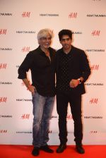 Vijender Singh at h&m mubai launch on 11th Aug 2016 (181)_57af3869e41fa.JPG