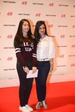 at h&m mubai launch on 11th Aug 2016 (46)_57af352832a52.JPG
