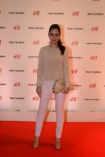 at h&m mubai launch on 11th Aug 2016 (158)_57af358c6ff53.JPG