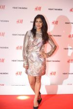 at h&m mubai launch on 11th Aug 2016 (177)_57af35a1771ed.JPG