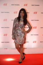 at h&m mubai launch on 11th Aug 2016 (179)_57af35a30c912.JPG
