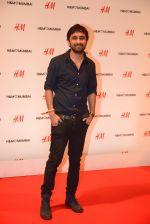 at h&m mubai launch on 11th Aug 2016 (210)_57af35d75d257.JPG