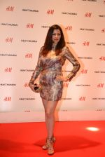 at h&m mubai launch on 11th Aug 2016 (230)_57af35e9b2a41.JPG
