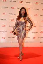 at h&m mubai launch on 11th Aug 2016 (232)_57af35ec28881.JPG