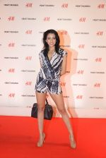 at h&m mubai launch on 11th Aug 2016 (238)_57af35f959a96.JPG