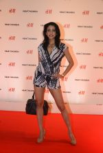 at h&m mubai launch on 11th Aug 2016 (239)_57af35fb7a957.JPG