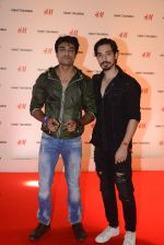at h&m mubai launch on 11th Aug 2016 (240)_57af35fd57680.JPG