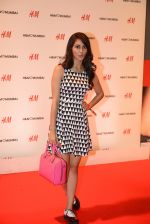 at h&m mubai launch on 11th Aug 2016 (242)_57af3601057aa.JPG