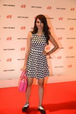 at h&m mubai launch on 11th Aug 2016 (243)_57af360274056.JPG