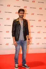 at h&m mubai launch on 11th Aug 2016 (246)_57af36070b621.JPG