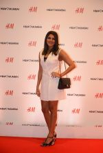 at h&m mubai launch on 11th Aug 2016 (292)_57af362684438.JPG