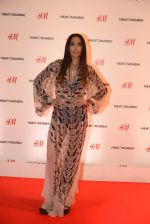 at h&m mubai launch on 11th Aug 2016 (301)_57af3630b3812.JPG