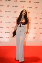 at h&m mubai launch on 11th Aug 2016 (305)_57af3636541bf.JPG