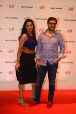 at h&m mubai launch on 11th Aug 2016 (315)_57af36393fa47.JPG