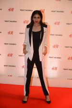 at h&m mubai launch on 11th Aug 2016 (326)_57af364c0befc.JPG