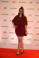 at h&m mubai launch on 11th Aug 2016 (330)_57af3653d0783.JPG