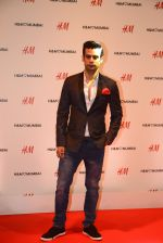 at h&m mubai launch on 11th Aug 2016 (347)_57af366904b41.JPG