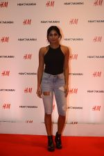 at h&m mubai launch on 11th Aug 2016 (351)_57af366c3846f.JPG