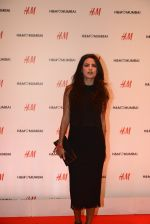 at h&m mubai launch on 11th Aug 2016 (355)_57af366f6c092.JPG