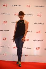 at h&m mubai launch on 11th Aug 2016 (362)_57af3670aa874.JPG