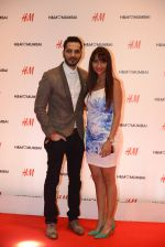 at h&m mubai launch on 11th Aug 2016 (363)_57af3671ec327.JPG