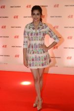 at h&m mubai launch on 11th Aug 2016 (51)_57af352edc4ea.JPG