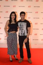 at h&m mubai launch on 11th Aug 2016 (53)_57af35306d2c4.JPG