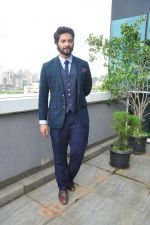 Ali Fazal at Happy Bhag Jayegi photo shoot in Mumbai on 13th Aug 2016 (39)_57b060dcd789c.JPG