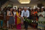 Bhagyashree & Mr.Jairaj Thacker inaugurated the Juhu Organic Farmer_s Market on 14th Aug at Jamnabai Narsee School_57b05594038dd.jpg