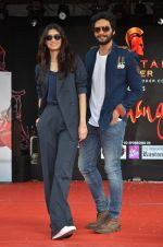 Ali Fazal, Diana Penty at NM college Umang fest in Mumbai on 14th Aug 2016 (66)_57b12b3940281.JPG