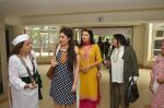 Bhagyashree, Archana Kochhar inaugurated the Juhu Organic Farmer_s Market on 14th Aug at Jamnabai Narsee School (30)_57b127ca3e516.JPG