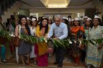 Bhagyashree, Archana Kochhar inaugurated the Juhu Organic Farmer_s Market on 14th Aug at Jamnabai Narsee School (34)_57b127cc06353.JPG