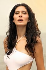 Bruna Abdullah in the still from movie Yea Toh Two Much Ho Gayaa (7)_57b1abeb88c40.jpg
