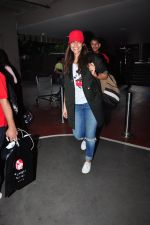 Neha Dhupia snapped at airport in Mumbai on 14th Aug 2016(38)_57b127a4192ae.JPG