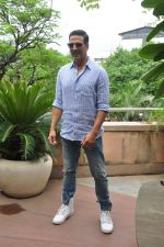 Akshay Kumar on Rustom success on 15th Aug 2016 (7)_57b2b7229a1c4.JPG
