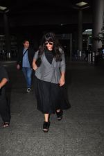 Richa Chadda snapped at airport on 15th Aug 2016 (19)_57b2b32b26ed5.JPG