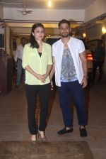 Soha Ali Khan, Kunal Khemu at Saif Ali Khan_s bday Bash in Mumbai on 15th Aug 2016 (9)_57b2c1ed913bf.JPG