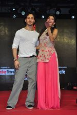 Tiger Shroff and Jacqueline Fernandez promote The Flying Jatt at Umang festival on 15th Aug 2016 (14)_57b2b9e7376e5.JPG