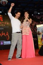 Tiger Shroff and Jacqueline Fernandez promote The Flying Jatt at Umang festival on 15th Aug 2016 (42)_57b2b9549a90d.JPG