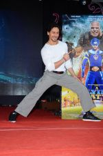 Tiger Shroff promote The Flying Jatt at Umang festival on 15th Aug 2016 (88)_57b2ba1a9b2cd.JPG
