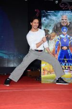 Tiger Shroff promote The Flying Jatt at Umang festival on 15th Aug 2016 (89)_57b2ba1bd9e4e.JPG