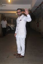 at Saif Ali Khan_s bday Bash in Mumbai on 15th Aug 2016 (21)_57b2c12d10a8b.JPG