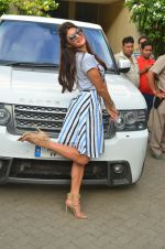 Jacqueline Fernandez snapped in Mumbai on 16th Aug 2016 (5)_57b3d7ede4a78.jpg
