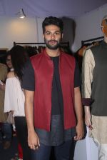 Kunal Rawal at Joya exhibition in Mumbai on 16th Aug 2016 (284)_57b3eb30472ac.JPG