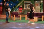 Sonakshi Sinha on the sets of The Kapil Sharma Show on 16th Aug 2016 (23)_57b3ee7f119f2.JPG