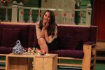 Sonakshi Sinha on the sets of The Kapil Sharma Show on 16th Aug 2016 (43)_57b3ee934cee2.JPG