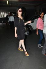 Tamannaah Bhatia snapped at airport on 17th Aug 2016 (35)_57b47ad313c9c.jpg