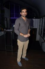 Zaheer Khan at Manasi Scott album launch in Mumbai on 16th Aug 2016 (142)_57b3f3d4aa406.JPG