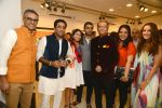 dilip de with fmily at Dilip De_s art event on 16th Aug 2016_57b3e9bf7a3c9.JPG